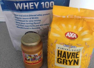 Havregryn med peanut butter og proteinpulver