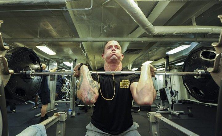 5x5 træningsprogram - Muskelopbygning og fremgang i styrke