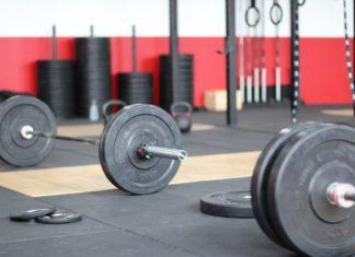 Forbedre dit stofskifte ved at opbygge muskelvæv - løfte vægte og HIIT