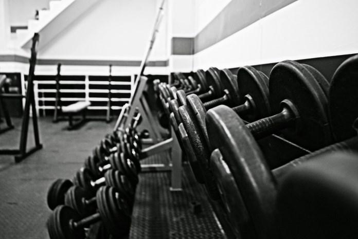 Løft vægte og øg din forbrænding