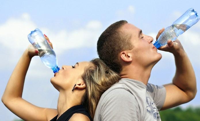 Drik vand under et vægttab