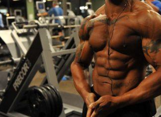 Træning af mave med mavemaskine